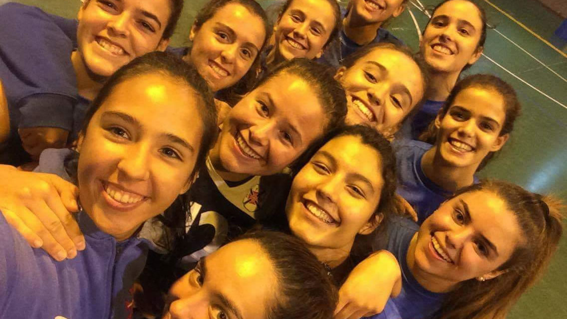 Juniores disputam domingo a final do Campeonato Nacional de Voleibol
