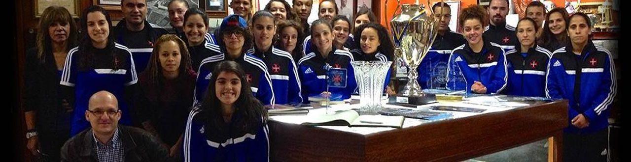 Futebol Feminino visita Museu