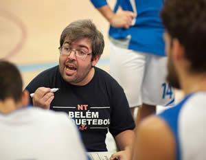 Basquetebol: entrevista a Nuno Tavares