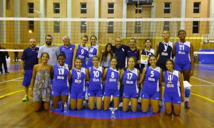 Voleibol Feminino conquista Taça AVL
