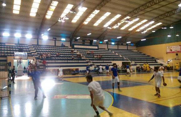 Juniores entram a vencer no Torneio do Ginásio Clube do Sul