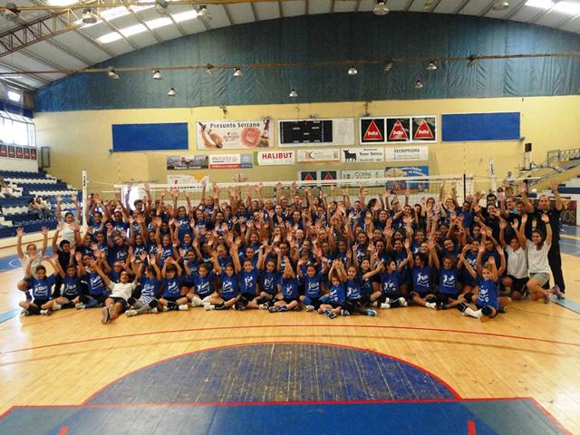 Voleibol Feminino organiza Treinos do Amigo em Setembro