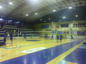 Voleibol regressou ao trabalho