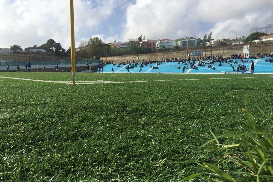 Juniores caem para o 2º lugar após derrota com Sporting