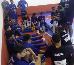 Iniciados de Futsal trazem mais um troféu para o Restelo