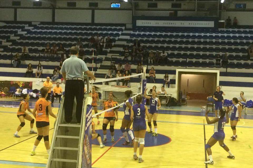 Voleibol vence PEL na 7ª jornada do Campeonato