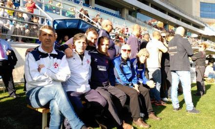 Veteranos do Belenenses em acção solidária em Cádiz