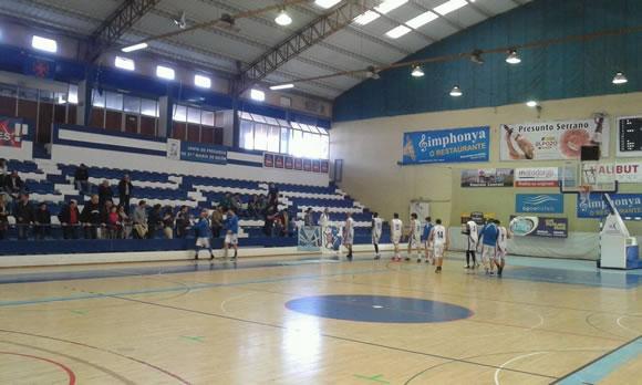Basket chega à última ronda na liderança