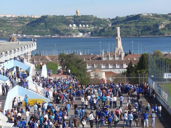 Secretaria e Loja Azul com horário alargado no domingo
