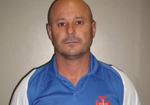 Carlos Teixeira prossegue no comando técnico