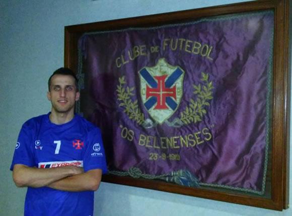 Pinto renova para 2016/17
