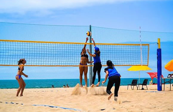 Dupla azul vence na praia