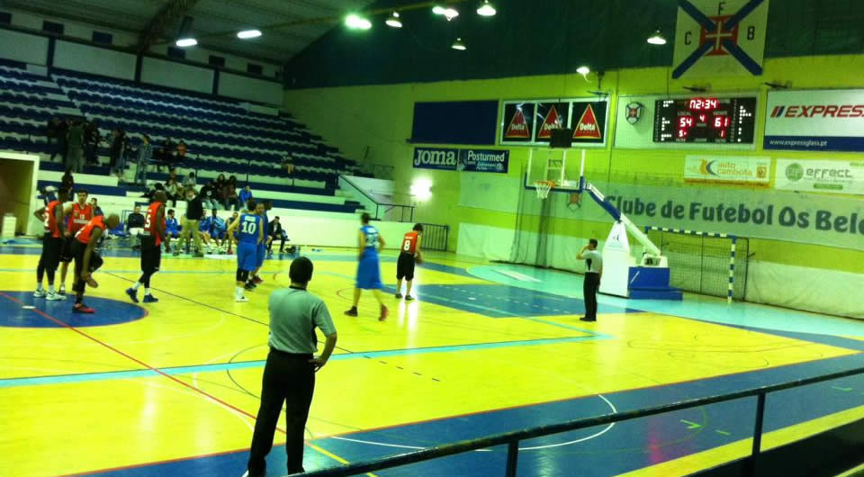 Terceira Basket surpreende no Acácio Rosa
