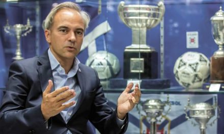 Presidente do Clube reage à saída de Luís Lopes