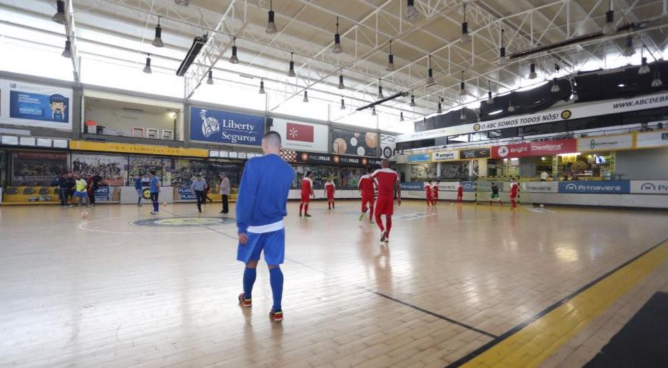 Derrota em Braga conduz ao 5º lugar
