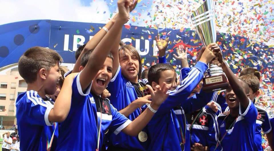 Escolas de Futebol chegam a Algés