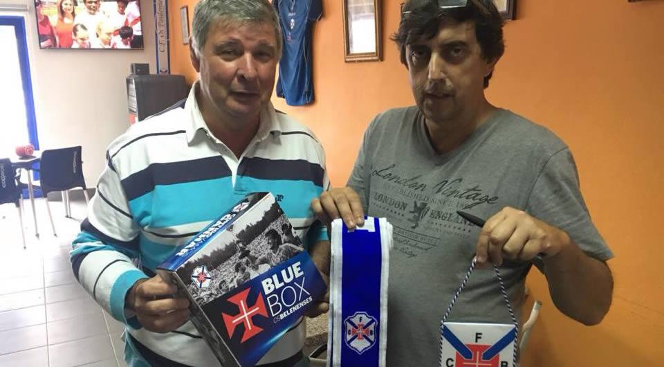 """Dirigentes azuis em visita a """"Os Paulenses"""""""