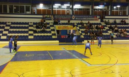 Futsal feminino entra a ganhar