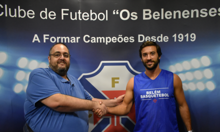 José Torres continua de azul