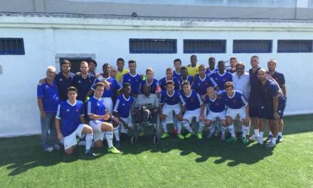 Sub-19 vencem com visita de Vicente Lucas