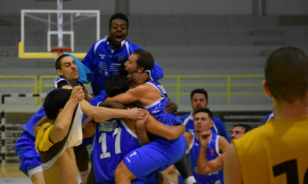 Vitória no Estoril mantém pleno de vitórias na Proliga