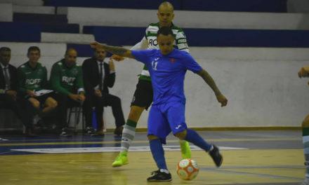 Azuis em bom plano não evitam derrota em derby antecipado