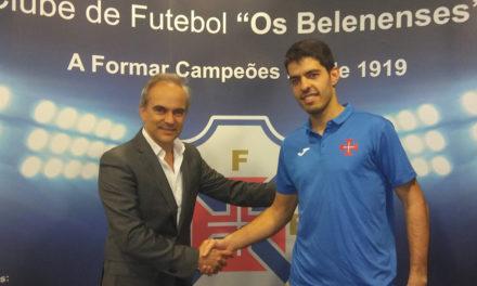 Primeira-linha Pedro Sequeira é reforço do Andebol do Belenenses