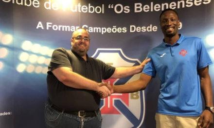 Extremo Mohamed Camara é reforço do Basquetebol do Belenenses