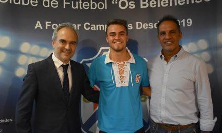 Gabriel Bonfanti chega ao Restelo para reforçar a equipa de Nuno Oliveira