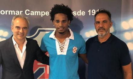 Lateral-esquerdo Jorginho é o mais recente reforço dos comandados de Nuno Oliveira