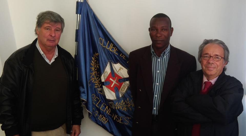 Andorinha Sport Clube de S. Tomé e Príncipe de visita ao Restelo