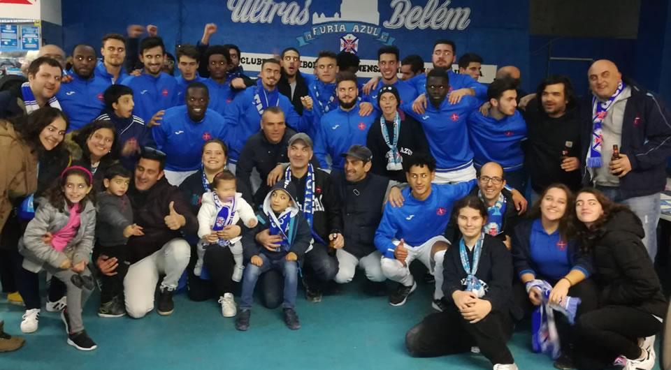 Equipa agradeceu o apoio dos adeptos em visita simbólica à Fúria Azul