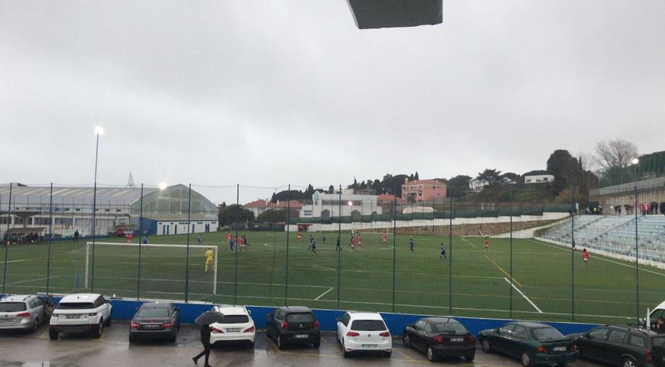 Um empate e uma derrota em tarde de derbys com o Benfica