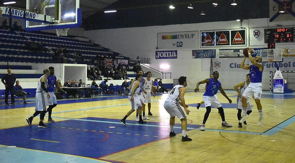 Desaire frente à Sanjoanense mantém azuis bem colocados face ao Play-off