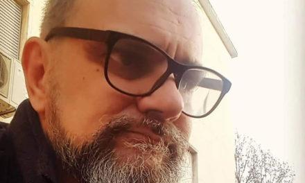 """Compositor Miguel Majer cede ao CFB os direitos da canção """"Rapazes da Praia"""""""