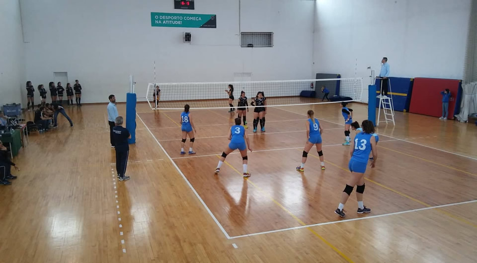 Voleibol com importante triunfo sobre a Lusófona