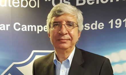 Alípio Matos mantém-se no comando técnico do futsal azul