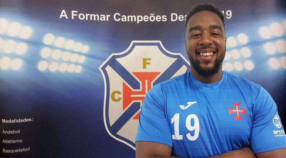 Bruno Martins regressa ao Restelo para reforçar o plantel de Alípio Matos
