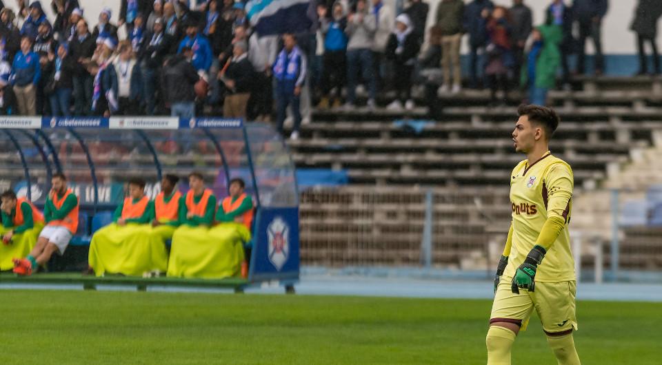 Rodrigo Santos por mais um ano às ordens de Nuno Oliveira