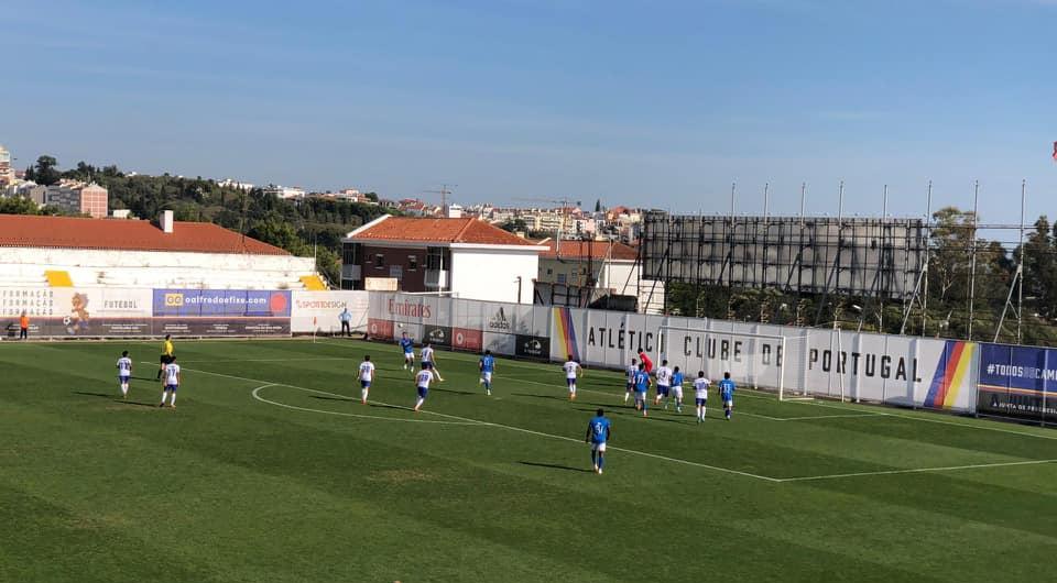 Mais três importantes pontos na deslocação ao Estádio da Tapadinha