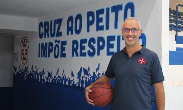 Carlos Caetano assume comando técnico do Basquetebol