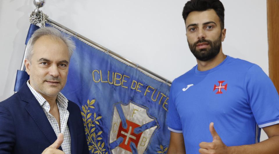 Goleador Bruno Botas volta a ser opção para 2021/22