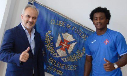 Melhor marcador da equipa, Clé segue de azul em 2021/22