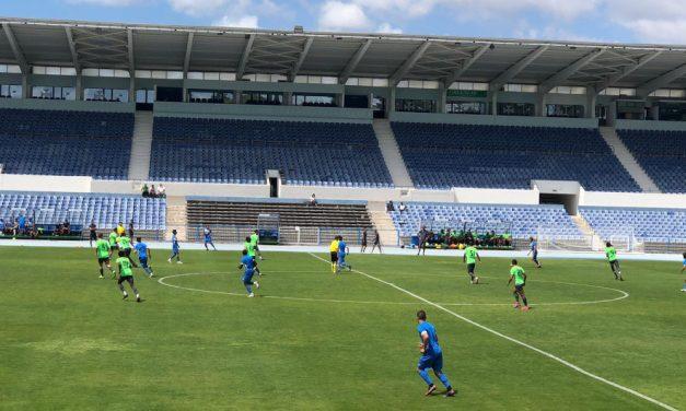Vitória por 3-0 no primeiro teste da temporada