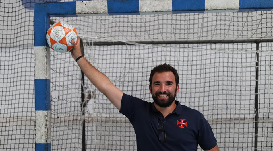 Tiago Guelho mantém-se no comando técnico do Futsal