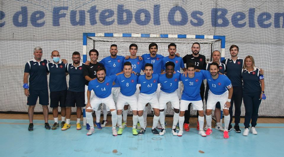 Azuis com sábado de vitórias no arranque dos campeonatos de Futsal